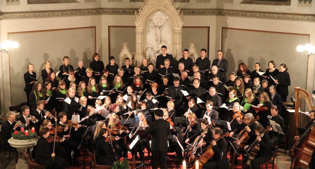 Adventsmusik mit Kantorei, Jugendchor, Kirrende und Orchester